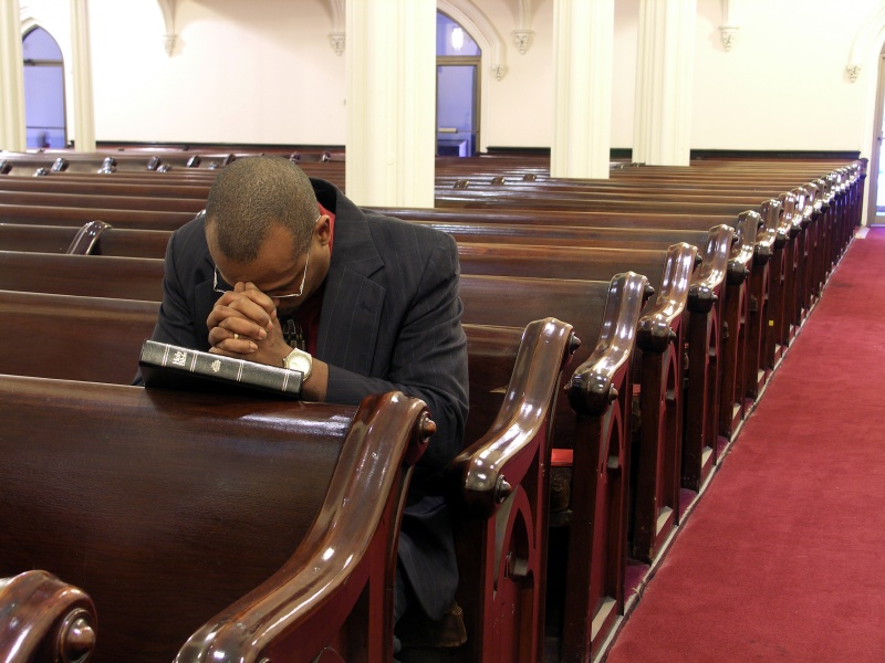 Simple Advice On Praying For Your Church Family – Pastor ...